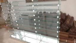 Prateleiras de vidros