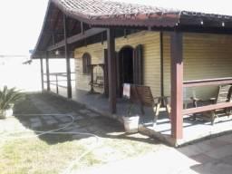 01 Casa 04 quartos-01 casa 01 quarto com piscina e churrasqueira -Iguaba