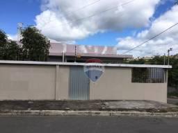 Casa com 6 dormitórios à venda, 318 m² por R$ 800.000 - Boa Vista - Garanhuns/PE