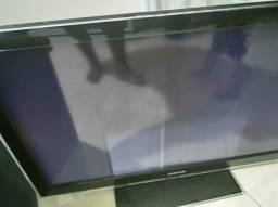 """Vendo TV 40"""" Ruim - Peças"""