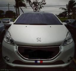 Peugeot 208 1.6 Griffe - 2015