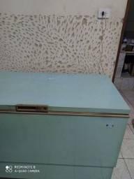 Vende se freezer  280 lts Consul