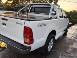 Hilux 2006 Diesel (isento de IPVA)