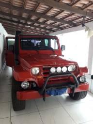 Troller 2008 vermelho