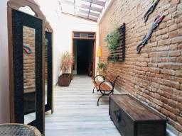 Casa no Centro - Rua Andrade Neves!