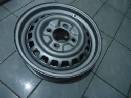 Roda original 4 furos aro 15 p/ fusca ( sem encaixe calota )