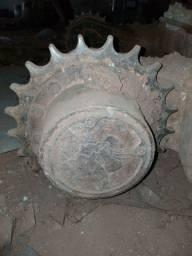 Engrenagem roda motriz miniescavadeira bobcat 325