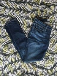 Calça jeans da levis