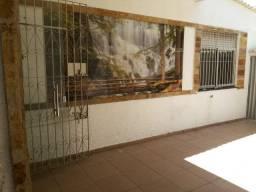 Alugo Casa em São Brás