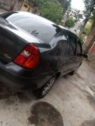 Clio sedan 03/03