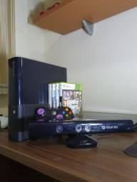Xbox 360 Super Slim + Kinect + 4 Jogos originais