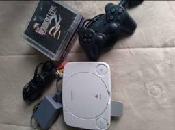 Playstation 1! Ótimo estado e acessórios!! Aceito cartão