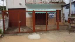 Loja na Rua Professor Carvalho de Freitas, Bairro Cascata