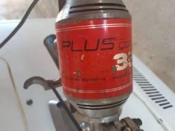 Maquina de corte usada da marca plus