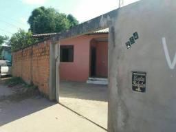 Aluguel de casa na zona norte.