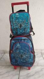 Vendo bolsa escolar homem aranha
