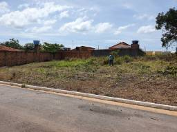 Vende-se 2 terrenos no bairro São José centro de Canaã lotes quitados.