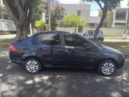 OTIMO CARRO COM GNV.