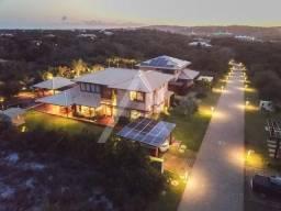 Maravilhosa casa 5 suítes mobiliada a venda em condomínio na Praia do Forte, Bahia