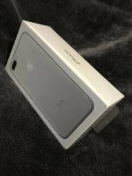 IPhone 7 Plus Apple com 128GB, Silver, lacrado, 1 ano de garantia