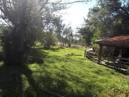 Sitio 4 ha, duas casas simples, galpão e açude, Velleda oferece