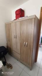 Guarda Roupa em madeira MDF 06 portas.