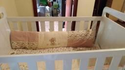 Berço com mosquiteiro + colchão com fibra de bamboo