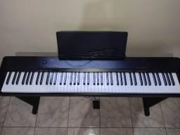 Piano digital Casio CDP 130