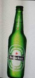 Título do anúncio: Vende -se 24 Garafas de Vidro de Cerveja Heinekem
