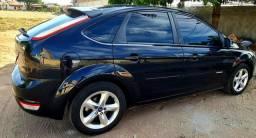 Vendo Ford Focus Hatch 1.6 SE Plus Flex 2011/2012 completo!