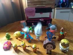 Brinquedos + brinde