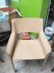 Cadeira toda em couro