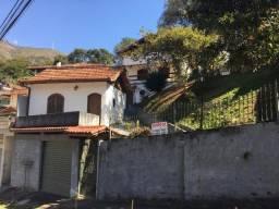 Vendo 2 casas na Ponte da Saudade, em terreno de 603,75m2. Apenas 5 minutos do centro