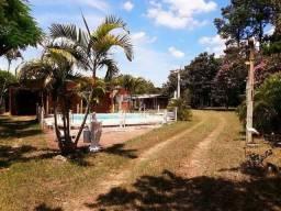 Sitio c/piscina bem localizado, escriturado,1 km da RS040 Velleda oferece