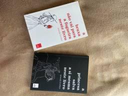 Dois livros da Amanda Lovelace