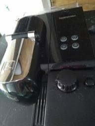 Vendo cafeteira de cápsula nespresso