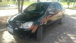 Fiesta 1.6 com ar e direção - 2007