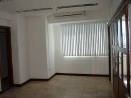 Região Iguatemi. Edifício Cosmopolitan Mix. Conjunto salas com 130 m². 4 garagens