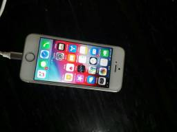 IPhone 5s Gold top