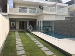 Casa de condomínio à venda com 5 dormitórios cod:FLCN50024