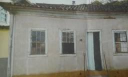 Casa à venda com 5 dormitórios em Centro, Lamim cod:9221