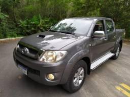 Toyota Hilux 3.0 4X4 SRV 2011 - 2011