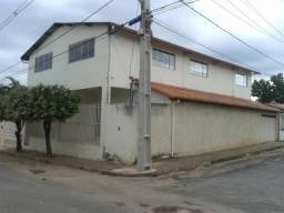 CASA COM 02 PAVIMENTOS