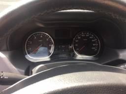 Vendo Carro Duster semi-no