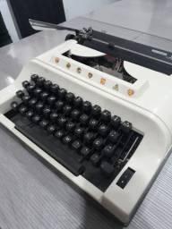 Máquina de escrever Remineton Ipanema