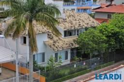 Casa à venda com 4 dormitórios em Lagoa da conceição, Florianópolis cod:543777