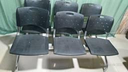 Cadeiras para esperar