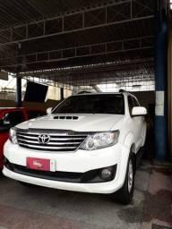 Toyota Hillux SW4 SRV Automática 3.0 D4-D 4x4