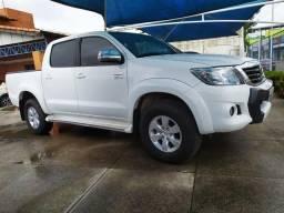 Toyota Hilux 2.7 SRV 4x4 - 2014