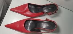 Scarpin vermelho 37